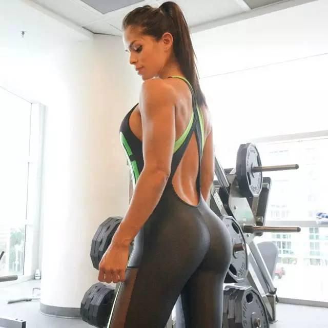 深蹲如何练臀大肌 深蹲前后用这些动作练臀大肌